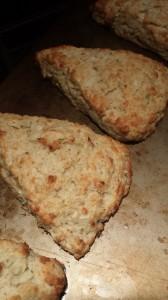 baked apple scone