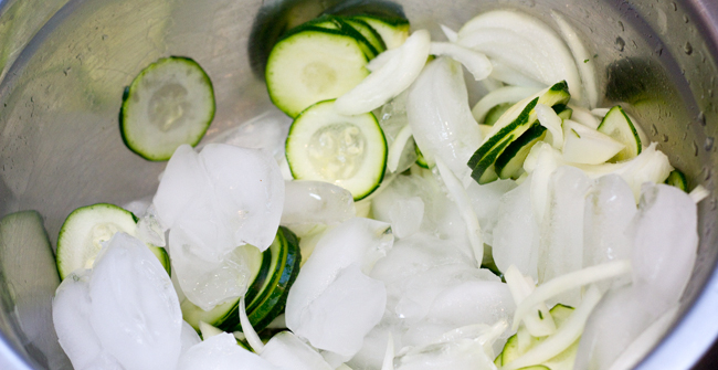 zucchini-pickles-2