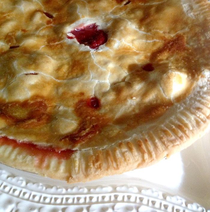 Five Spice Strawberry Rhubarb Pie